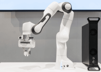 Cobots in the plastics industry
